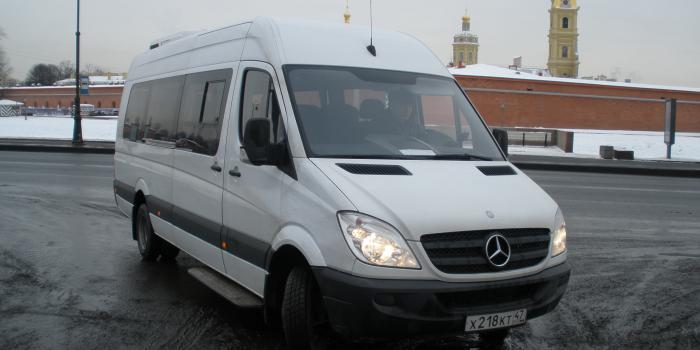 Микроавтобус Мерседес Спринтер 2013 г.в. в аренду